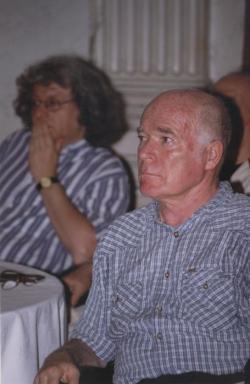 Esterházy Péter, Moldova György