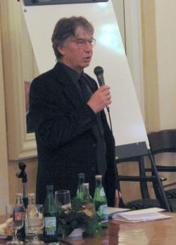 Magos György, a program vezetője