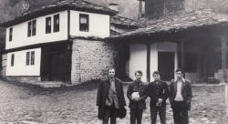 Bulgáriában Kiss Benedekkel, Gencso Hrisztozovval és barátjával (Haszkovo)