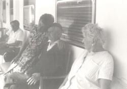Tersánszky Józsi Jenő társaságban