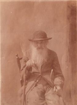 Kántor Péter apai dédnagyapja Weisz Mordechaj suszterTiszaújlakon; tizenegy gyermeke közül a legfiatalabb Samu, a költő nagyapja