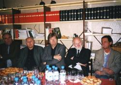 A Kortárs-díj átadásán Tamás Menyhérttel, Ágh Istvánnal, Kovács Istvánnal és Deák Lászlóval (2003)
