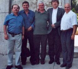 A pannonhalmi osztálytársakkal (2003)