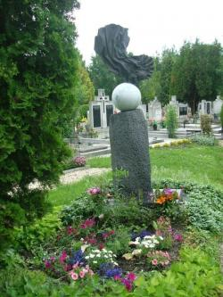 Baka István sírja. (Szekszárd, Alsóvárosi temető) (Farkas Pál alkotása)