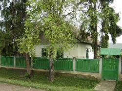 A szülőház Pusztakamaráson