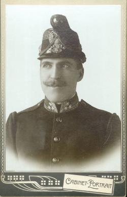 Pfisterer Lajos (1879-1954), az író édesapja (Pejtsik Károly felvétele)