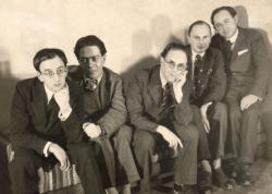 Balról: Frank Sándor, Zelk Zoltán, Ascher Oszkár, Ilkecs Béla, Friss Endre