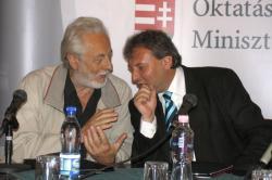 Szakonyi Károly és Hiller István miniszter (2007, DIA)