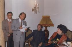 Lengyel Balázs köszönti Szabó Magdát 80. születésnapján (1997. október 2.)