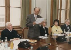Domokos Mátyás köszöntése születésnapján (1998)