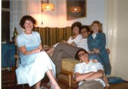 Lator Lászlóéknál: Pór Judit, Lakatos Mária, Lator László, Kesztyűs Erzsébet és Várady Szabolcs, 1978