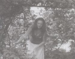 Jákob lajtorjáján, a gárdonyi kertben, 1981