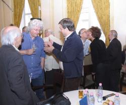 Fogadás (DIA, 2008)