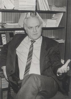 Dobos 1992-ben