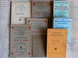 Néhány fizikával kapcsolatos kiadvány az író könyvtárából