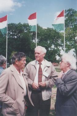 Fekete Gyula, Dobos László és Sütő András a Világtalálkozón