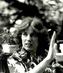 Tompa Mária, az író munkatársa 1983-ban, a Kabdebó Lóránt által készített életmű-interjú idején