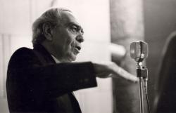 Zelk Zoltán a Fészek Klubban, 1974. ápr. 12. (fotó: Esztergály Keve)