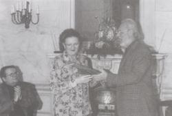 Jókai Annát köszönti 70. születésnapján a Magyar Rádióban, 2002
