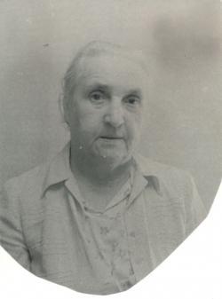 Édesanyja, Sántha Mózsi Ferencné, sz. Janesch Irén
