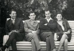 Horgas Béla, Bella István, Sumonyi Zoltán és felesége, Judit Moszkvában (1964)