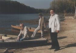 Szakonyi Károly, Bertha Bulcsu és Gyurkovics Tibor a Tisza-parton
