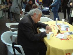 Könyvheti dedikálás (2009)