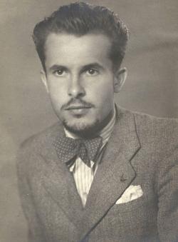 1942. Portré. (Kozma Márton felvétele.)