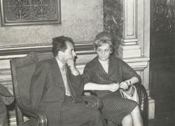 1962. Csorba Győző és Nemes Nagy Ágnes az Írószövetség közgyűlésén, Budapesten.