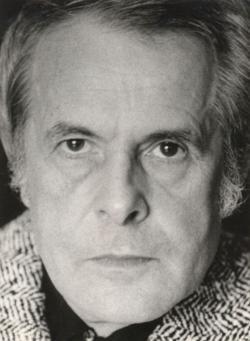 1976. szept. 10. Az Összegyűjtött versek c. Csorba-kötetben (1978) első helyen közölt portré. (Szokolai István felvétele.)