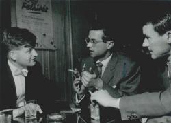 Egy angol zongorista, Durkó Zsolt és Csukás István a Fiatal Művészek Klubjában