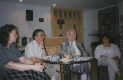 Könyvheti előadás az Ozirisz könyvesboltban, Határ Győzőné, Lator László, Határ Győző, Mezei Katalin, 1994