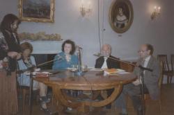 A Petőfi Irodalmi Múzeumban Nóbel Ivánnal és Erdélyi Erzsébettel, 1997