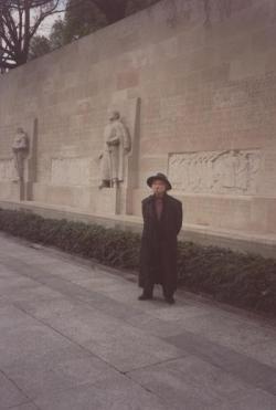 Genf, a Reformáció Emlékműve előtt