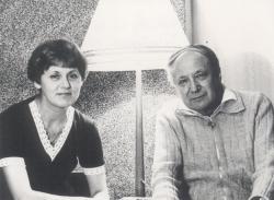Feleségével, 1976