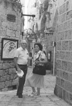 Feleségével, Tichy Magdolnával Jaffában, 1992