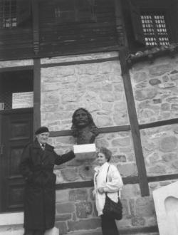 Feleségével, Tichy Magdolnával Rodostón, 1995