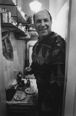 Otthonában, 1991-ben