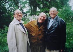 Ifjúkori barátaival: Bokor Istvánnal (Stephen Barlay) és Kállai Istvánnal Berlinben (2003)