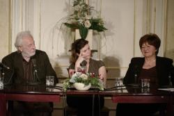 Szakonyi Károly, Kovács Eszter és Komáromi Gabriella (DIA)