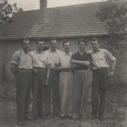 Unokatestvéreivel Cecén, 1955 nyarán