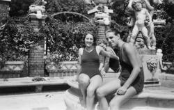Debreczeni Gyöngyi és Ottlik Géza a Gellért fürdőben, 1936