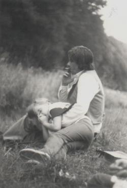 A Vörös-toronynál lányával,  Ágnessel (1978/79)