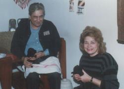 """Feleségével és a """"kutyákokkal"""" (1986 körül)"""