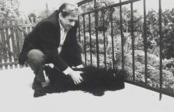 Kedvenc Szuszóka kutyájával (1993 nyara)