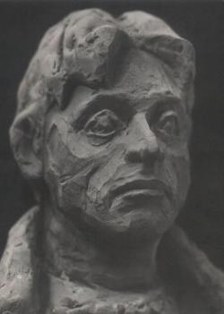 Benczédi Sándor szobrászművész Páskándi Géza-kisplasztikája