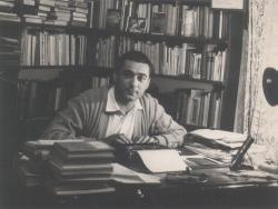 Dolgozószobájában, az ötvenes években