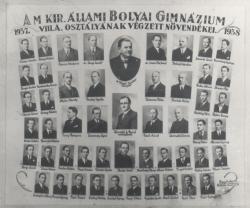 A Bolyai Gimnázium VIII/A. osztályának tablóképe, 1938 (az alsó sor közepén)