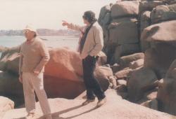 Barátjával, Pierre Székely szobrásszal Franciaországban, a 80-as években