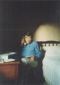 Somlyó György Párizsban (1989 október)